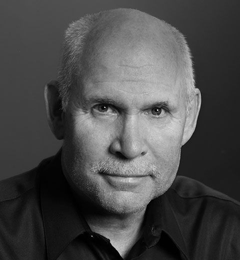"Interview with Steve McCurry – ""Curiosity, Strength and Endurance"""